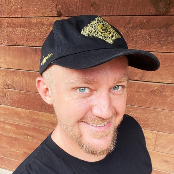 Dd dad hat